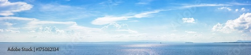 Photo Stands Ocean Panoramic beautiful seascape with cloud on a sunny day.