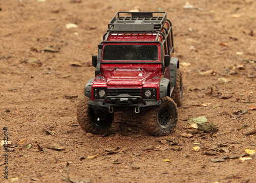 Photo  offroad trip Land Rover Defender off-road vehicle, expedition, radio controlled