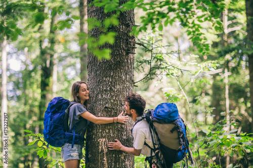 Obraz na plátně  Hiking couple