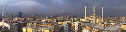 Photo Beautiful panorama of Ankara in Turkey with rainbow