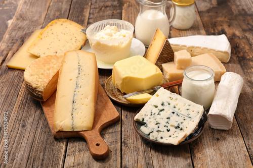 Fotografía  selection of dairy product