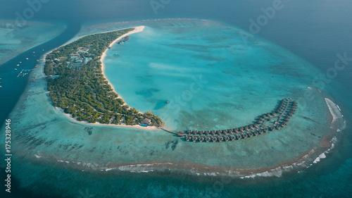 Fotografija maldives hideway  resort  spa island sunny house
