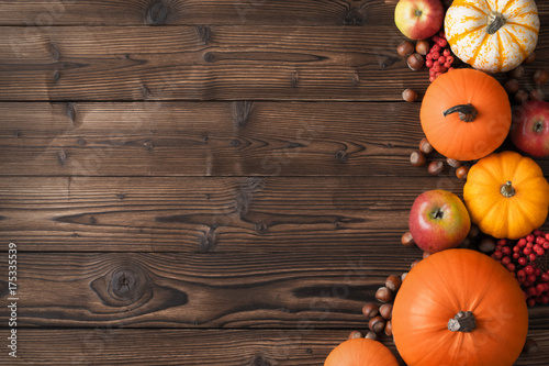Slika na platnu Autumn harvest on wooden table