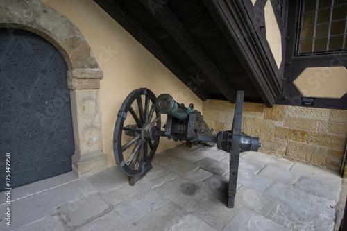 Zdjęcie XXL Pistolet polowy na Veste Coburg