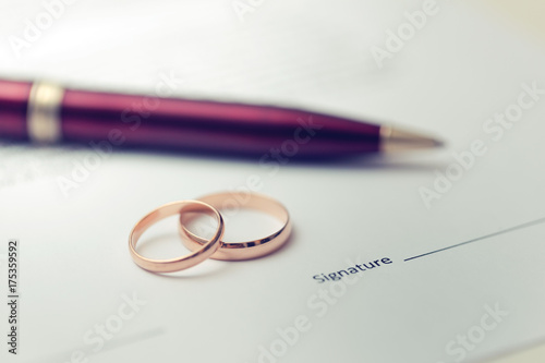 Fotografie, Obraz  marriage contract