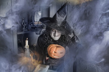 Funny Halloween Witch With A M...