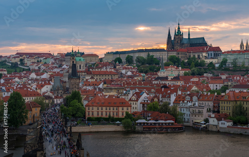 Foto op Plexiglas Japan Prague castle in sunset with beautiful twilight sky , Prague