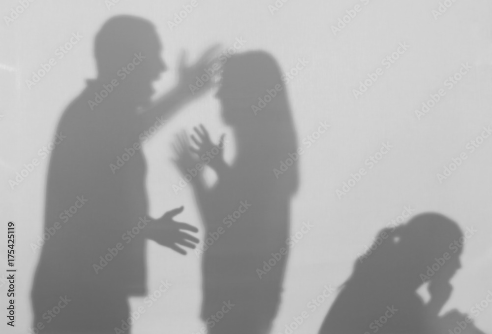 Fototapeta Silhouettes of quarreling parents and little child on white background. Domestic violence concept