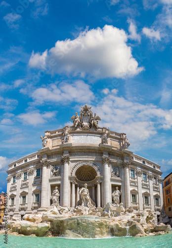 fountain-di-trevi-in-rome