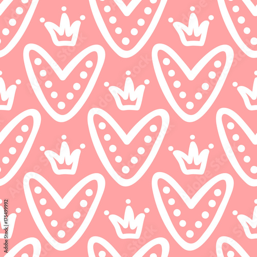 cute hearts with crowns seamless pattern drawn by hand doodle