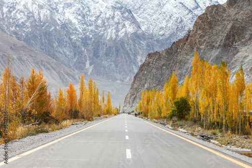Zdjęcie XXL Kararoram Highway - Pakistan