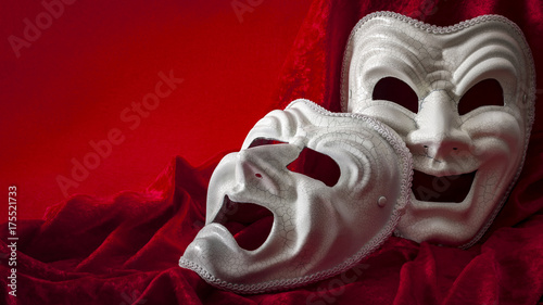 Cuadros en Lienzo Theatre and opera concept with theatrical masks on red velvet