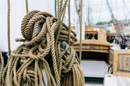 Foto op Aluminium Aap Rope rigging on the deck of the Dunbrody Famine Ship, New Ross, County Wexford