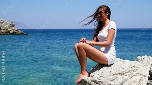 Obraz na płótnie Tajemnicze wyspy Europy - na skale (2)