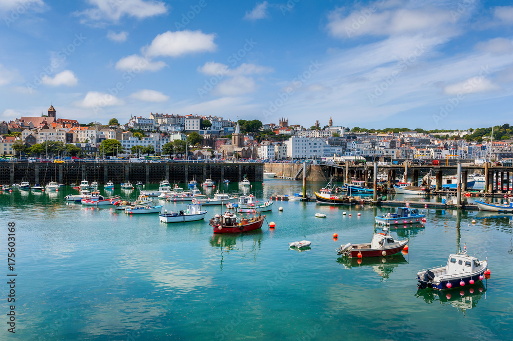 Fototapety, obrazy: Harbor and Skyline of Saint Peter Port, Guernsey, Channel Islands, UK