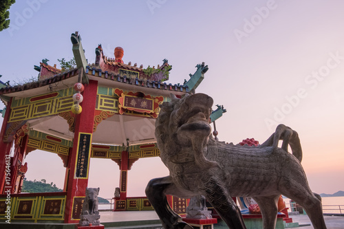 Vászonkép  Colorful God statues are located at the Repulse Bay is a quaint Taoist temple wh