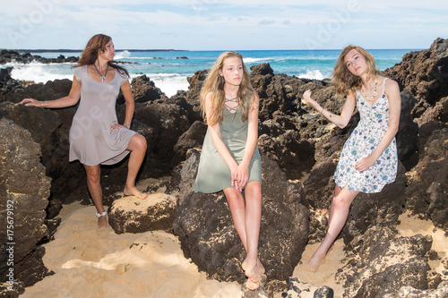 Fotografie, Obraz  Bored kids on a family vacation