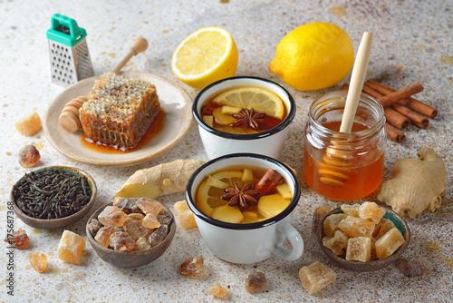 ujedrniajaca-herbata-z-przyprawami-cytryna-i-imbirem