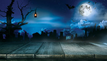 Spooky Halloween Background Wi...