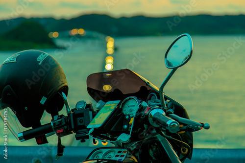 Fototapeta Rower i zachód słońca