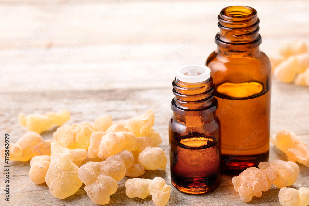 Fototapety, obrazy: frankincense essential oil and frankincense