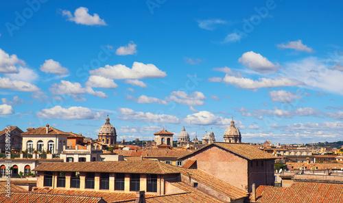 Zdjęcie XXL Widok z lotu ptaka na stronę Kapitolu z dachami i kościołami starożytnego miasta
