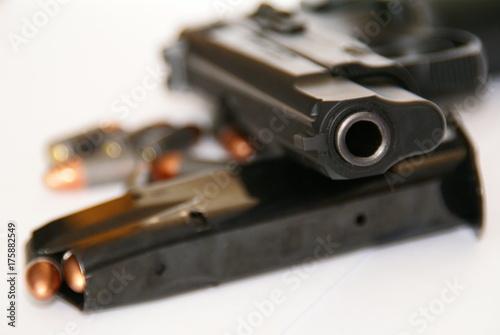 Fotografia, Obraz  Pistolet kaliber 9mm