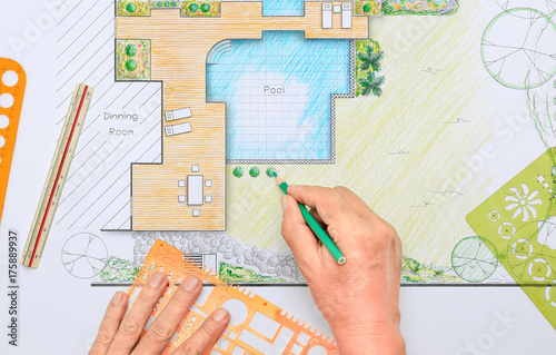 Backyard garden and pool design plan for villa. – kaufen Sie ...