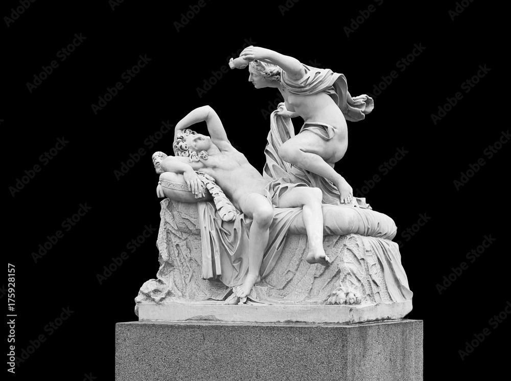 Fototapety, obrazy: Cupid and Psyche - sculptural group on a black background. Summer garden in St. Petersburg