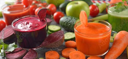Zdjęcie XXL Różne soki ze świeżych warzyw