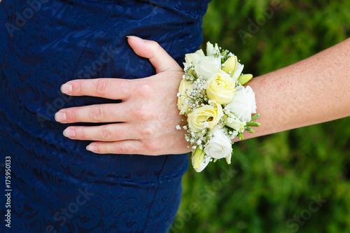 Tableau sur Toile Bracelet of flowers