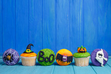 Delicious Halloween Cupcakes S...