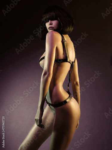 Fotografia  Beautiful nude body of sensuality elegant lady.