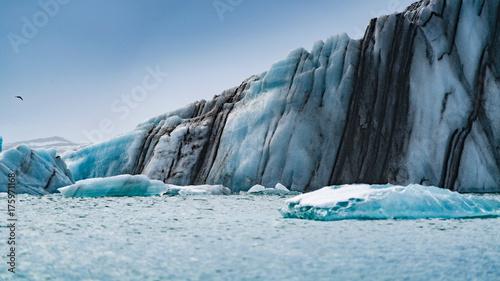 Papiers peints Arctique Eisberg im Gletschergebiet