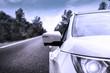 coche , por la carretera