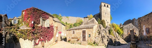 La Couvertoirade dans le Larzac, Aveyron en Occitanie, France Wallpaper Mural