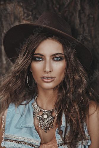 Poster Gypsy gorgeous boho woman