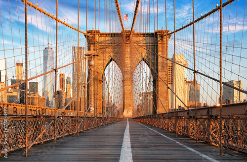 Spoed Fotobehang Bruggen Brooklyn Bridge, New York City, nobody
