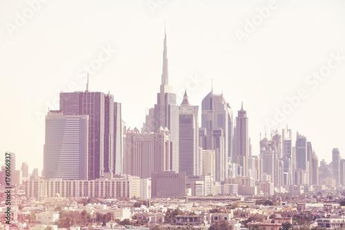Obraz na dibondzie (fotoboard) Kolor tonujący obrazek Dubaj linia horyzontu, Zjednoczone Emiraty Arabskie.