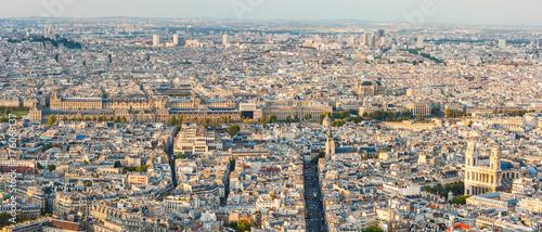 Obraz na dibondzie (fotoboard) Paryski linii horyzontu panoramy widok z lotu ptaka w świetle dziennym, Francja