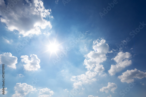 Photo  blue sunny cloud sky
