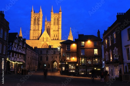Fotografia  Lincoln Cathedral, by night.