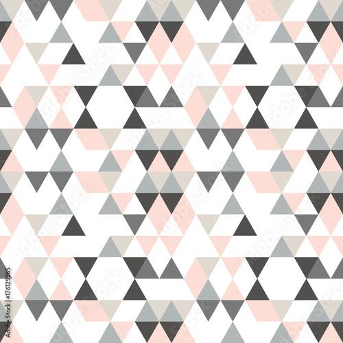 geometryczny-wzor-abstrakcyjny-z-trojkatow