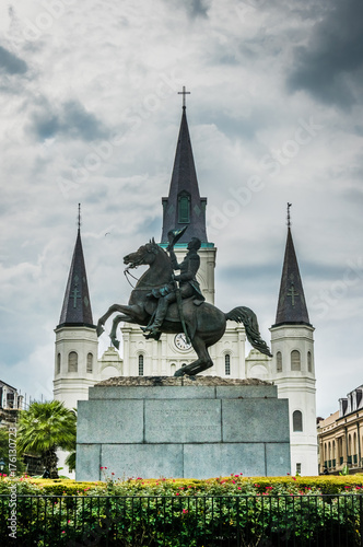 Photo  Saint louis cathedral and Jackson Square, New Orleans