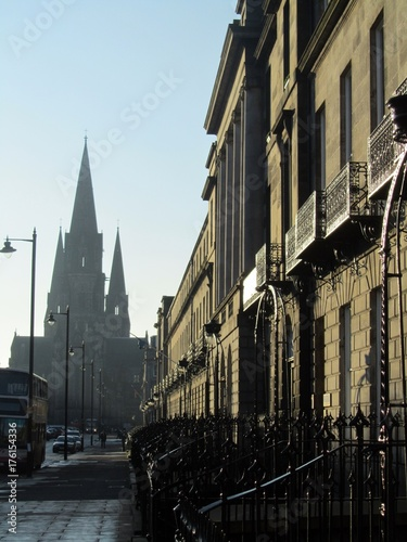Obraz na dibondzie (fotoboard) Zimowy widok na Melville Street w Edynburgu.