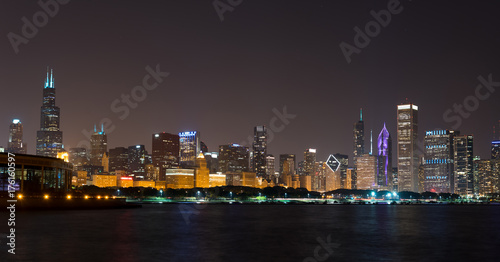 Staande foto Las Vegas Lights of summer night Chicago Downtown skyline