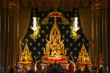 The Beautiful Of Buddha Statu...