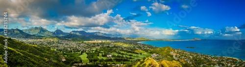 Fotografie, Obraz Panorama View of the Green Mountains and Hawaiian Coast From Lanikai Pillbox Tra