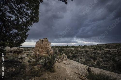 Fototapeta Storm Over Ancient Ruins, Hovenweep, Kolorado