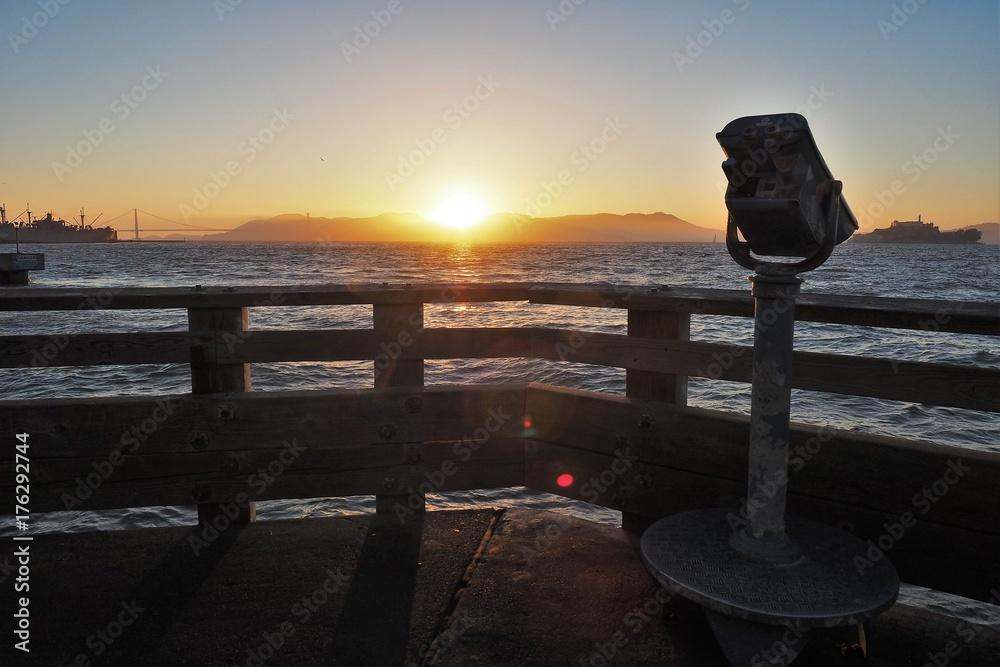 Fényképezés  San Francisco bay sunset